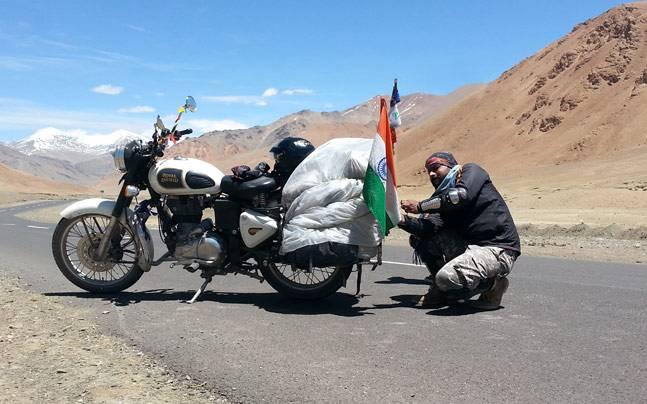 Best Bike For Ladakh Trip